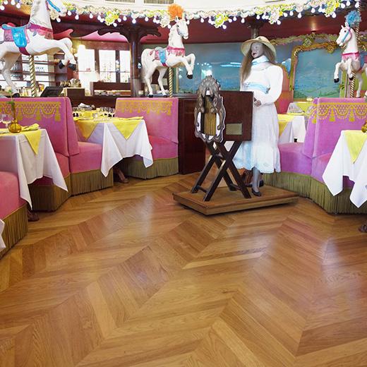 Vitrificateur parquet restaurant